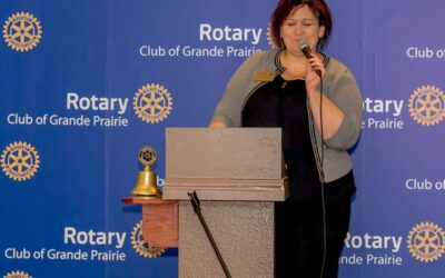 September 19 was a busy and fun meeting as Past District Governor Tracey Vavrek…